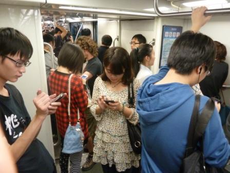 Shanghai_U-Bahnhof_Web